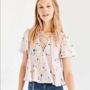 UO Kimchi Blue Judy Lace-Up Pink Floral Peplum Top